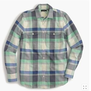 Flannel boyfriend shirt in pacey plaid SZ 4